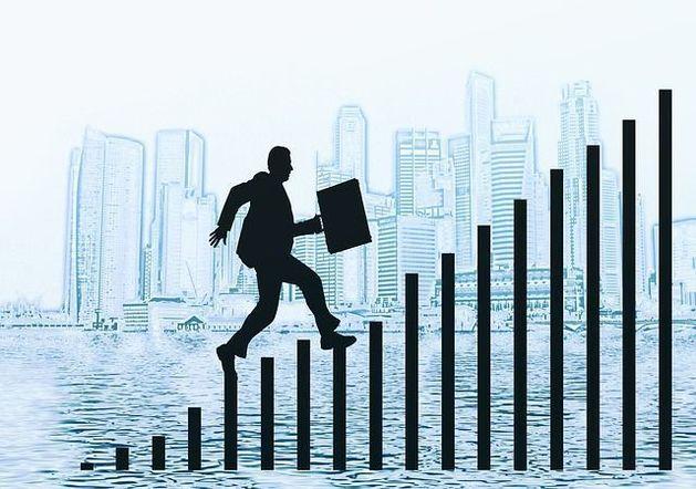 DK.RU составил рейтинг банков по объему кредитного портфеля