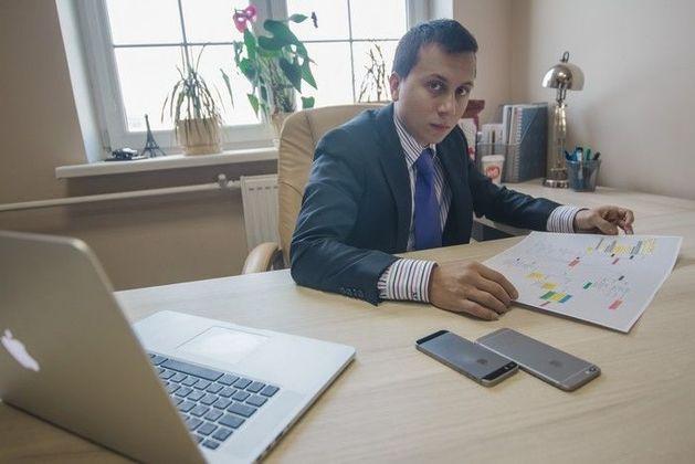Молодой предприниматель из Казани окутал Россию сетями кофеен и салонов