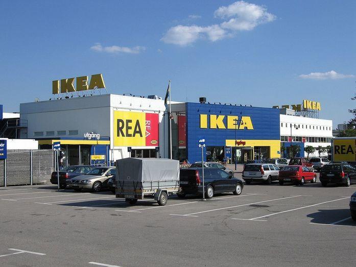 Дайджест DK.RU: в «Меге» разместят 23 ресторана, старый аэропорт Казани продадут 1