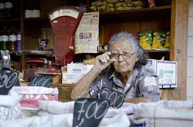 Директор сгоревшего «Вьетнамского рынка» нацелилась на лучшие условия