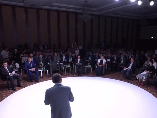 Совет по предпринимательству модерирует бизнесмен Сергей Акульчев