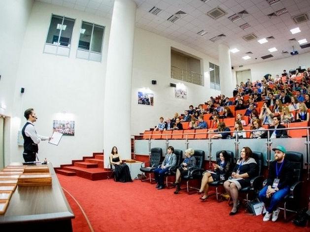 Минниханов примет участие в форуме малого и среднего предпринимательства в Казани