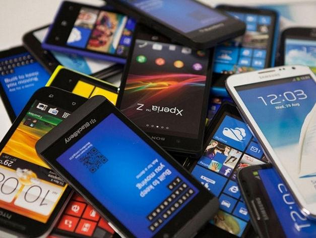 Казань вошла в тройку лидеров по темпам роста продаж смартфонов в России