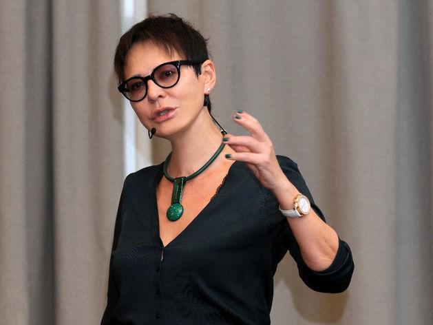 Ирина Хакамада: «Нельзя из чиновничьих структур деньги передавать бизнесу»