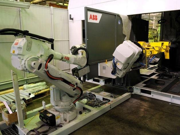 На «КАМАЗе» будет работать 578 роботов