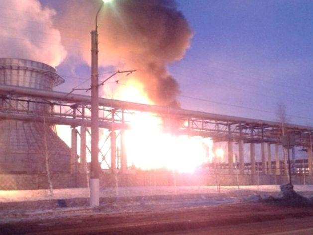 Число пострадавших в пожаре на строящемся заводе ТАИФ-НК выросло до пяти человек