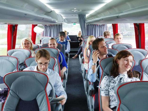 Страховщики боятся за перевозчиков: почему междугородние автобусы могут остановиться
