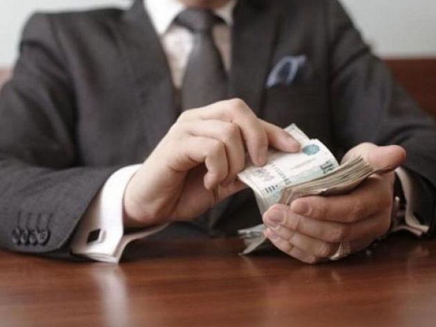 В РТ госинспектор вымогал у главы предприятия взятку за сокрытие несчастного случая