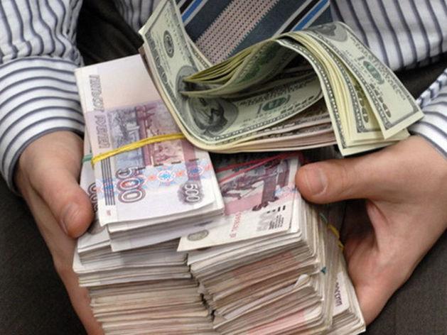 В Казани «обнальщики» заработали 70 млн на незаконном выводе средств предпринимателей