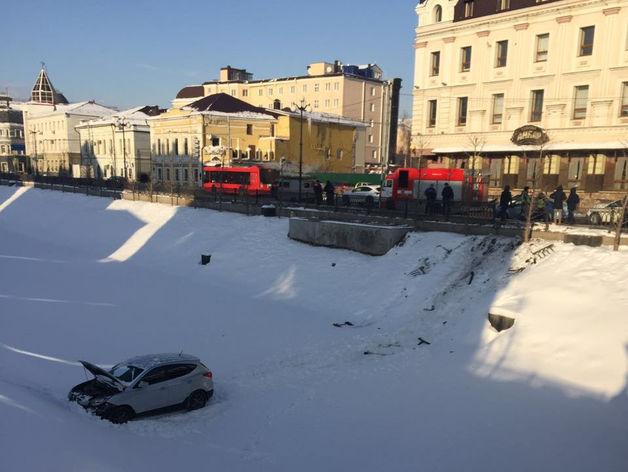В Казани автоледи за рулём Hyundai съехала в Булак