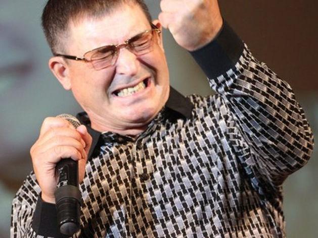 «Банк Казани» отложил банкротство певца Салавата
